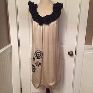 ⭐️VERA WANG DRESS SHIFT CREAM BLACK ACCENT 12/46